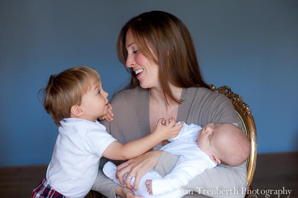 mum, baby and toddler portrait photogarphers Cardiff